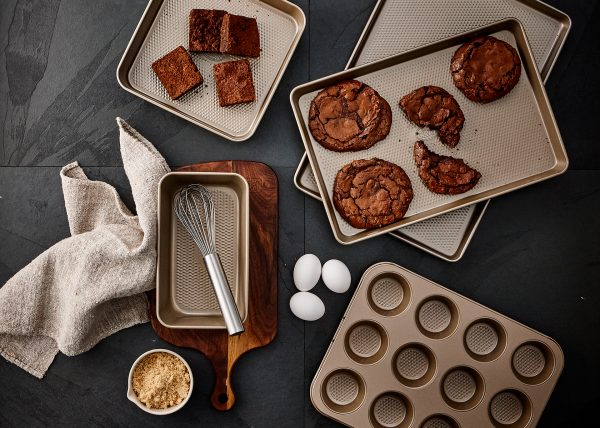 product-photographer-stokes-bakeware-tango-photography